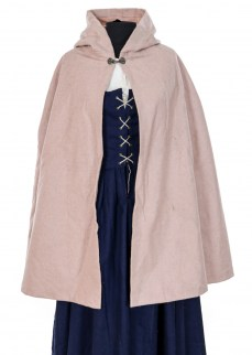 Cape in pink wool