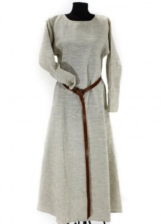 Medieval chemise in linen