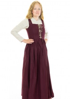 late-medieval-dress-burgundy-wool-1