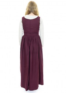 late-medieval-dress-burgundy-wool
