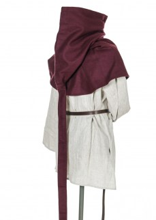Medieval hood with liripipe in burgundy wool