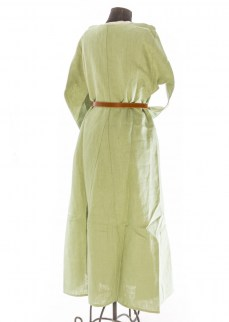 Medieval chemise in green linen