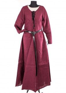 medieval-dress-tyra-in-burgunedy-linen-3