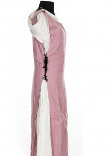 simple-surcote-in-pink-linen-2